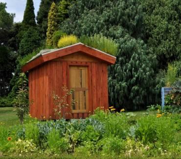 2 superbes idées pour décorer son abri de jardin avec Pinterest