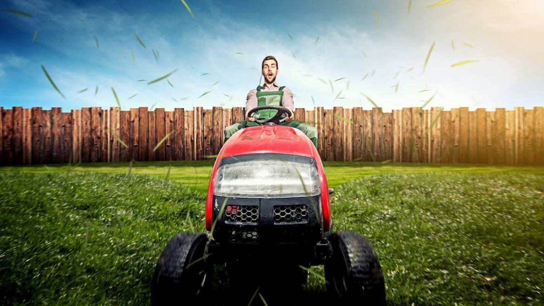 Tondeuse autoportée, comment bien choisir son tracteur tondeuse ?